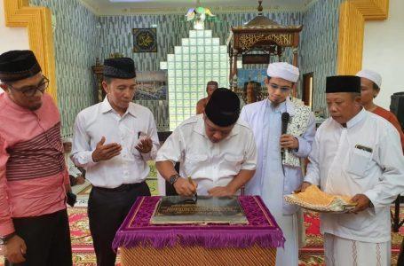 Bupati Muda Resmikan Masjid Misbahuddin Desa Kalimas