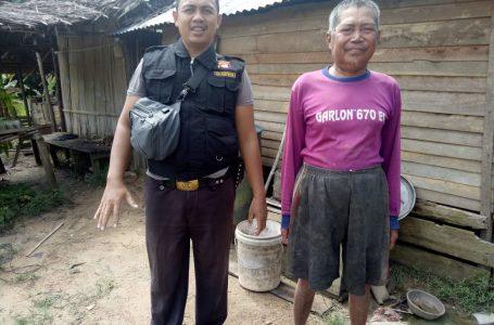 Pak Darto didatangi Kanit Binmas Polsek Kuala Behe